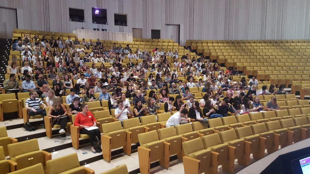 Students in Aula Medica